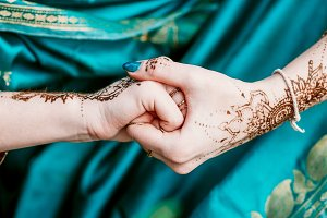 Indian hindu bride with mehendi heen