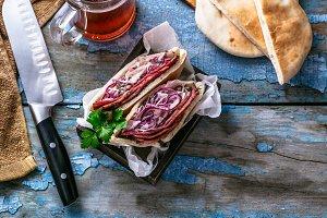 Pastrami beef sandwich wit coleslaw