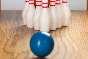 Bowling pins and bowling ball in min