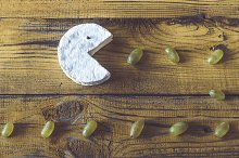 Camembert with green grapes