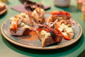 Bruschettas with anchovies