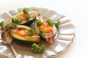 Breakfast. Avocado Egg Boats with cr