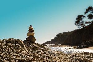 Stacked stones. Zen (2)