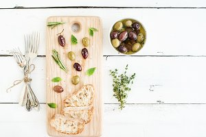 Olives with herbs and ciabatta