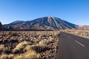 Empty road to Mount El Teide