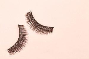 Eyelashes are on pink background