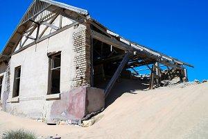 Kolmanskop ghost town sinking in san