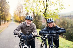 Active senior couple with