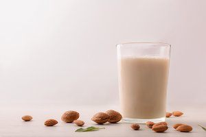 Healthy nutrition with almond milk