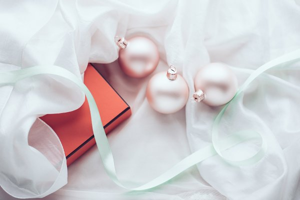 Holiday Stock Photos: Annelevens.com - Merry Christmas, Happy Holidays