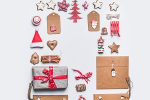 Christmas objects frame