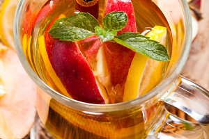 Apple, cinnamon and citrus beverage