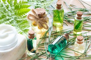 natural oils and cosmetics for face