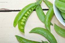 fresh green peas 010.jpg
