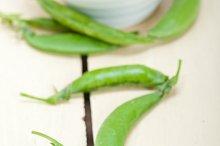 fresh green peas 015.jpg