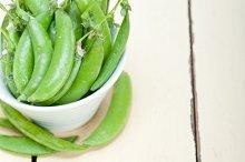 fresh green peas 017.jpg
