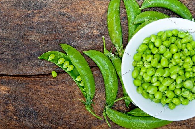 fresh green peas 077.jpg - Food & Drink