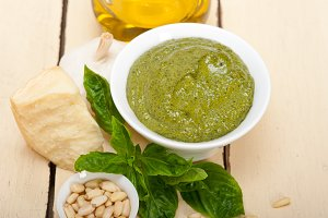 Italian organic basil pesto sauce ingredients 002.jpg
