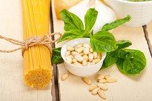 Italian organic basil pesto sauce ingredients 010.jpg