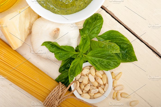 Italian organic basil pesto sauce ingredients 022.jpg - Food & Drink