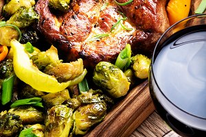 Steak with spices and vegetables