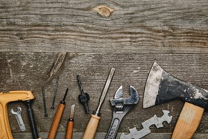 Top view of various carpentry tools