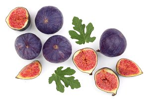 fig fruits with leaves isolated on
