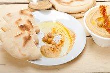 fresh hummus and pita bread 007.jpg