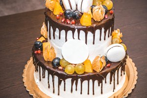 Delicious cake with fruit and