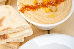 fresh hummus and pita bread 031.jpg