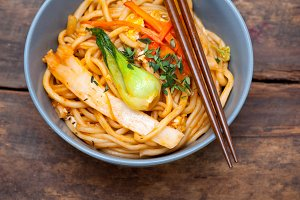 hand pulled ramen noodles and vegetables 036.jpg