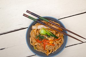 hand pulled ramen noodles and vegetables 003.jpg