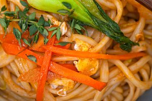 hand pulled ramen noodles and vegetables 009.jpg