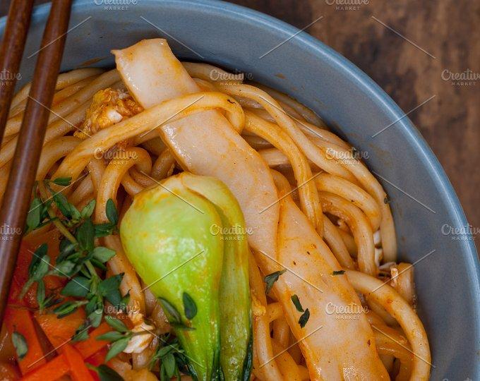 hand pulled ramen noodles and vegetables 021.jpg - Food & Drink
