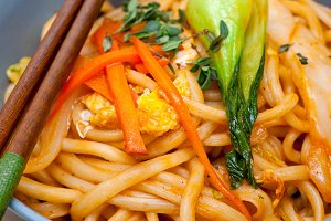hand pulled ramen noodles and vegetables 030.jpg
