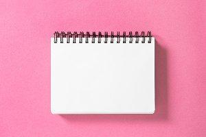 Spirale book pink background Paper