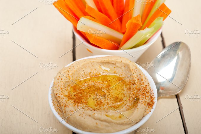 hummus dip and fresh vegetables 001.jpg - Food & Drink