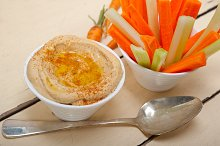hummus dip and fresh vegetables 013.jpg