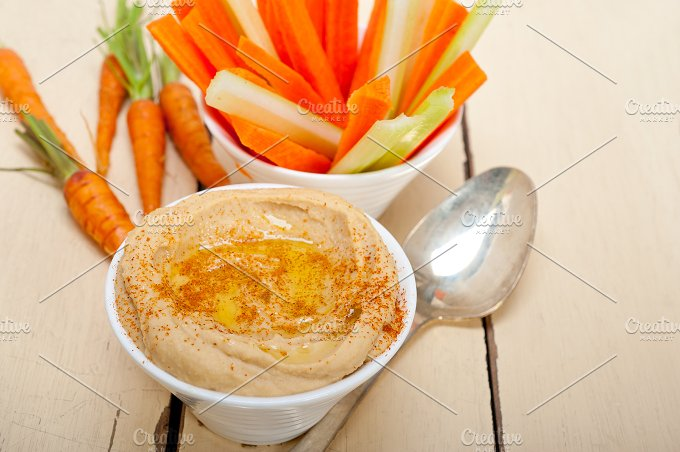 hummus dip and fresh vegetables 014.jpg - Food & Drink