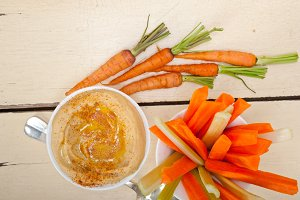 hummus dip and fresh vegetables 020.jpg