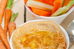 hummus dip and fresh vegetables 026.jpg