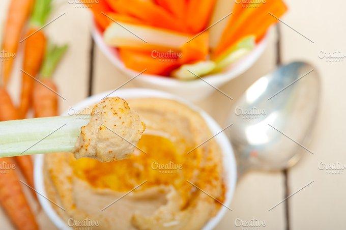 hummus dip and fresh vegetables 032.jpg - Food & Drink