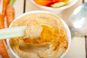 hummus dip and fresh vegetables 033.jpg