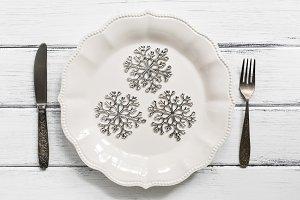 Christmas table setting ,silver snow