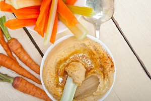 hummus dip and fresh vegetables 044.jpg