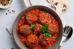 Meatballs in Tomato Sauce in a Fryin