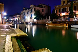Venice by night 059.jpg