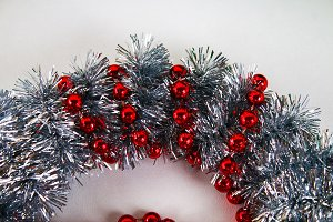 Diy Christmas wreath. Guide on the p