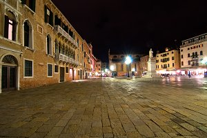 Venice by night 003.jpg