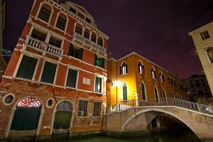 Venice by night 008.jpg